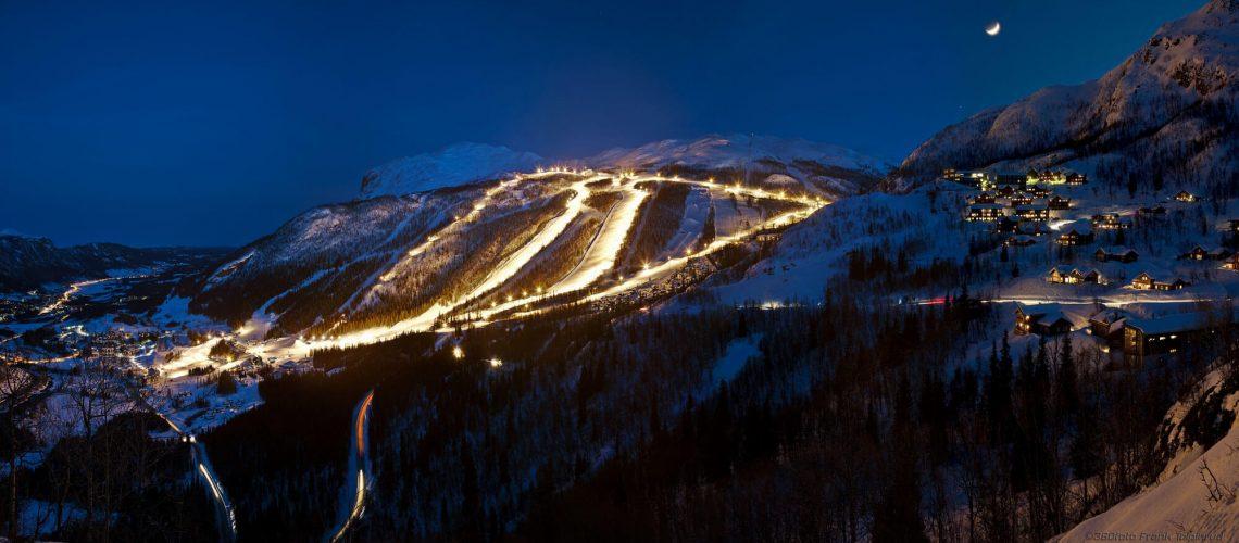 Skarsnuten Hotell - Hemsedal skisenter by night